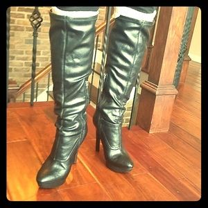 Sz6 Black Faux Leather Heeled Pump NineWest Boots